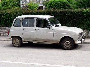800px-Renault-4-pula-P1050516