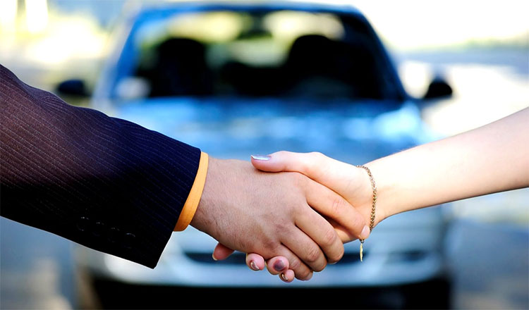 car-dealer-handshake