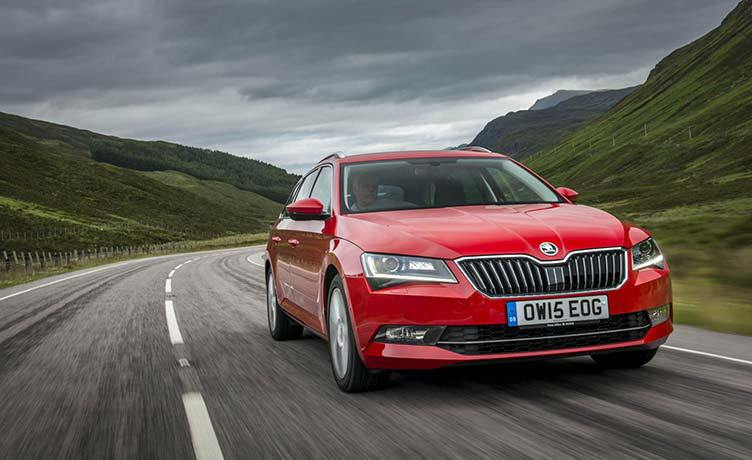 skoda-superb-estate-car-imagejpg