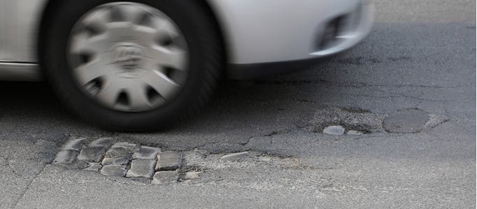 pothole-what-to-do-header-imagejpg