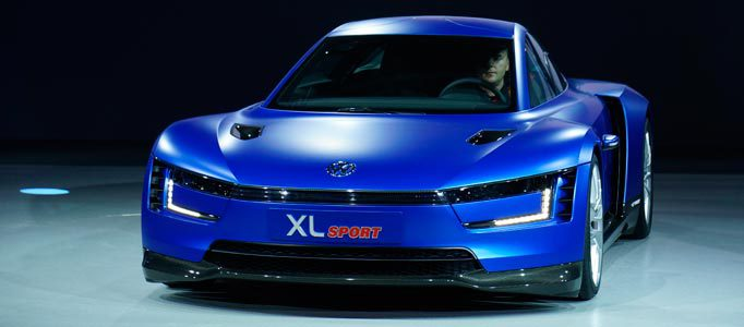 world-premiere-of-the-xl-sport-featuring-high-tech-ducati-engine-volkswagen-showcases-super-efficient-concept-sports-car-59484jpg