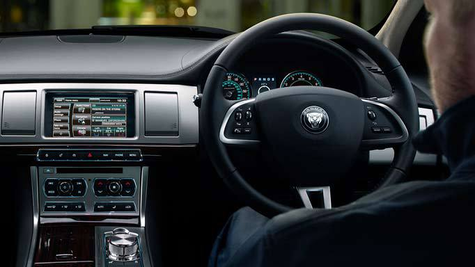 jaguar-xf-interiorjpg