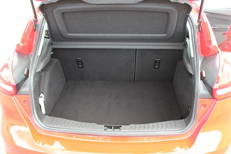 Ford Focus Trunk